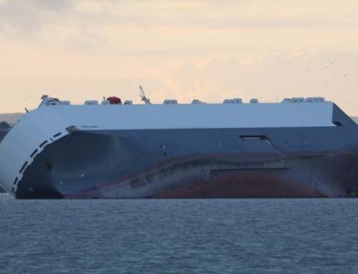 Giant Cargo Ship Dramatically Runs Aground in English Channel